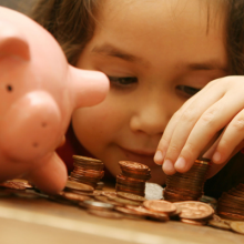The Importance of Teaching our Kids about Money